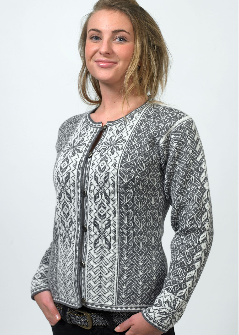 Our exclusive Nordic snowflake pattern, in bold colors that stay bright – wash after wash • Made of premium shrink-resistant cotton or soft % Merino wool.